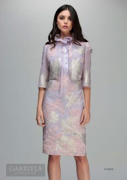 Knee length floral patterned dress with matching cropped jacket. 6694/5914 (004079)
