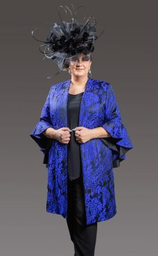 Stylish 3 piece trouser suit with flattering floral designed 3/4 jacket featuring bell sleeves, all this teamed up with matching trousers and cami top for a perfect outfit - black and royal blue - 44921 (004324)